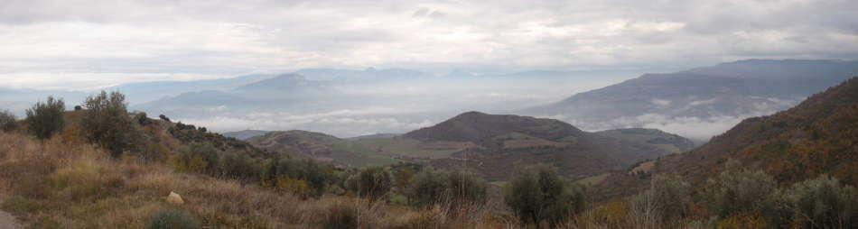 Fototgrafía tomada des del camino del Castillo de Guardia